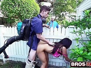 Two-faced Horny Wife Priya Price Fucks The Gardener