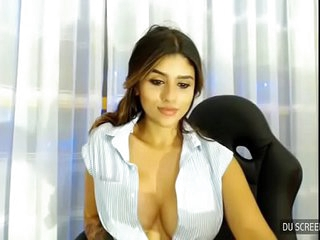 Indian big tits unladylike on webcam